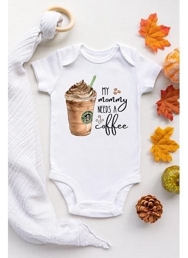 Happy Onesie Co Mommy needs coffee Frappe Kısa Kollu Çıtçıtlı Body  Beyaz